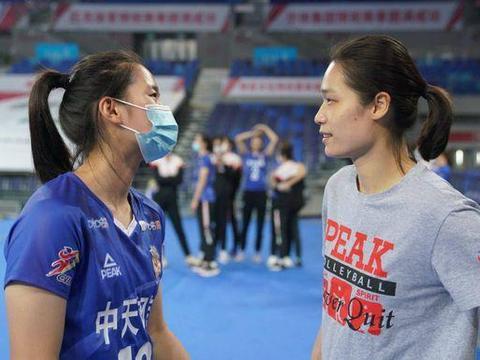 女排两奥运冠军即将谢幕,出征意大利恐是最后一战,期待圆满顺利