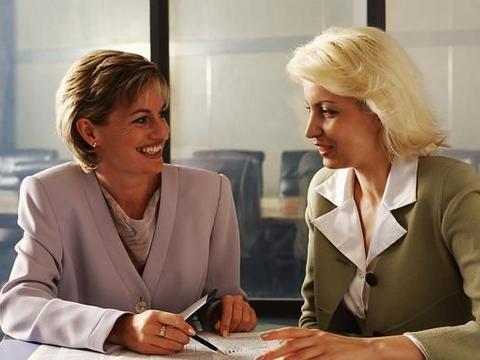 00后女孩约同事一起辞职却被放鸽子,感慨:知人知面不知心