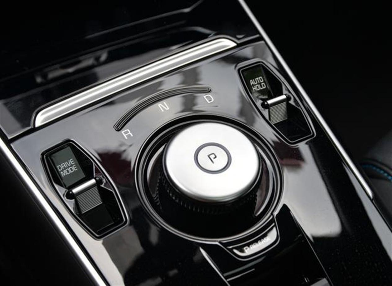 智尚安全,纯电首选:起亚K3 EV新车型售17.68万元起