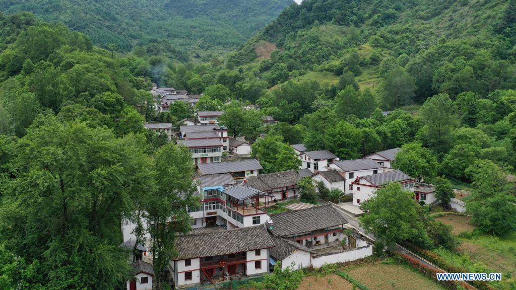 Aerial photo taken on May 21, 2021 shows a view of Hejiazhuang Village of Kangxian County, Longnan City, northwest China's Gansu Province. (Xinhua/Chen Bin)