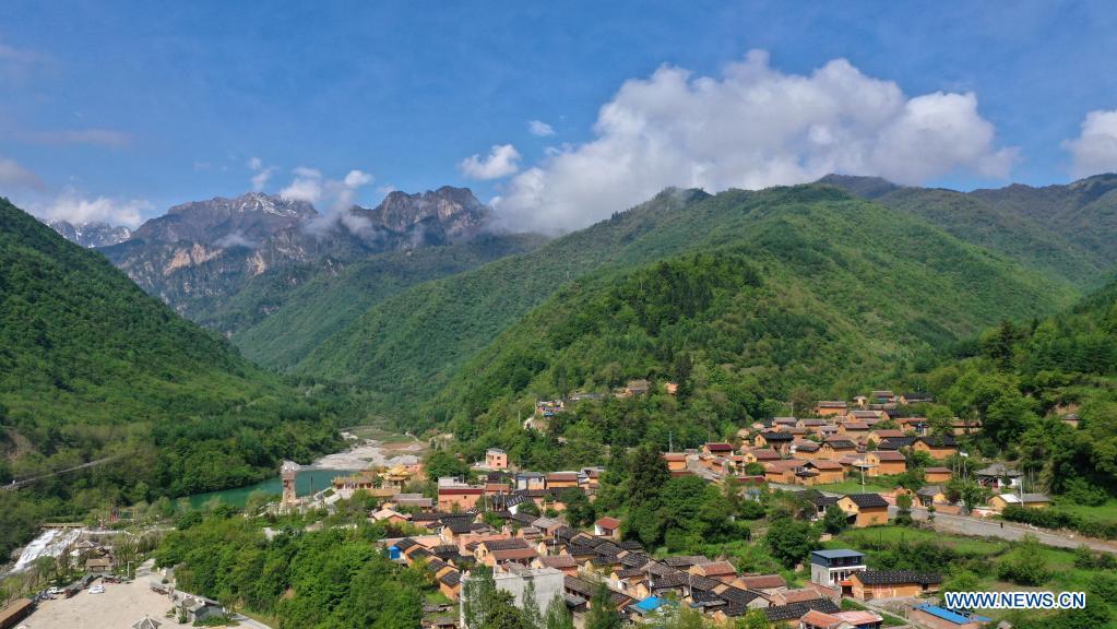 Aerial photo taken on May 18, 2021 shows a view of Luren Village of Dangchang County, Longnan City, northwest China's Gansu Province. (Xinhua/Chen Bin)
