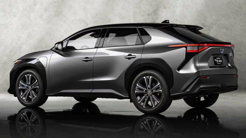 丰田bZ4X官图曝光,内饰有大亮点,预计明年上市