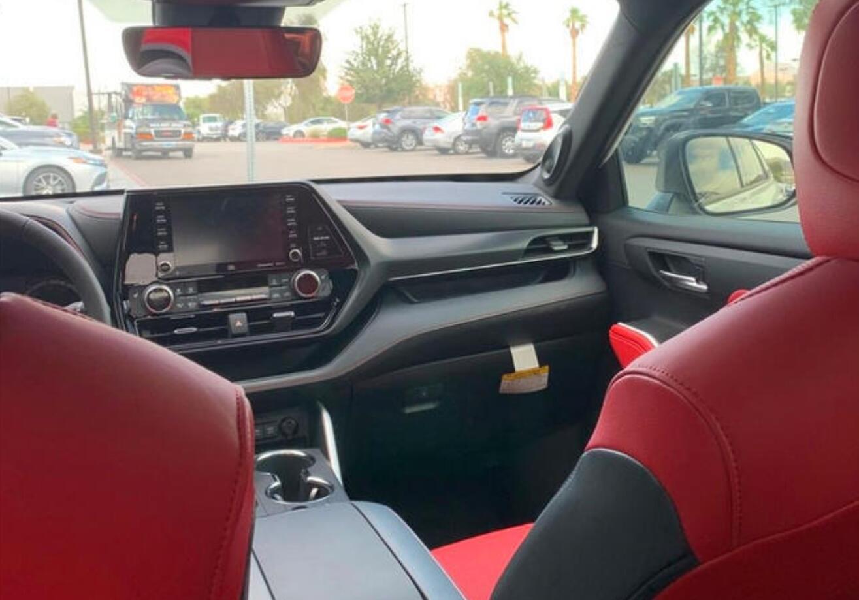 丰田全新汉兰达XSE海外实拍 一汽丰田皇冠陆放原型车
