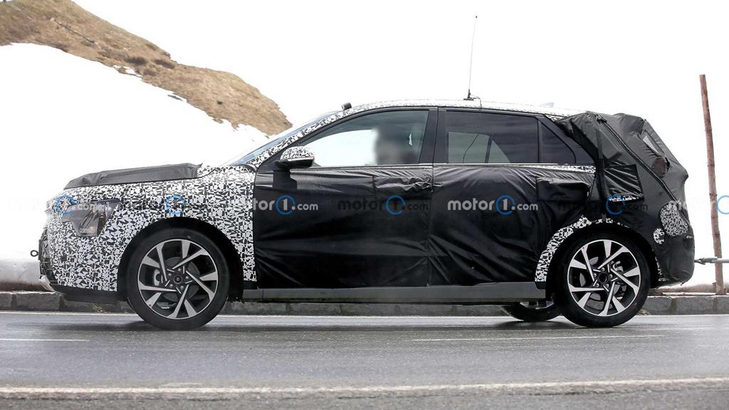 全新起亚Niro谍照曝光,提供混动版本车型,将于年内亮相