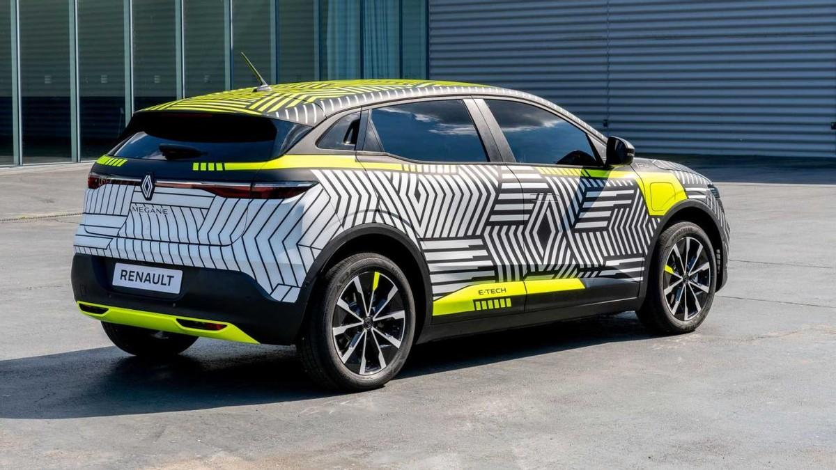 延续概念车设计 雷诺Megane纯电动版预告图