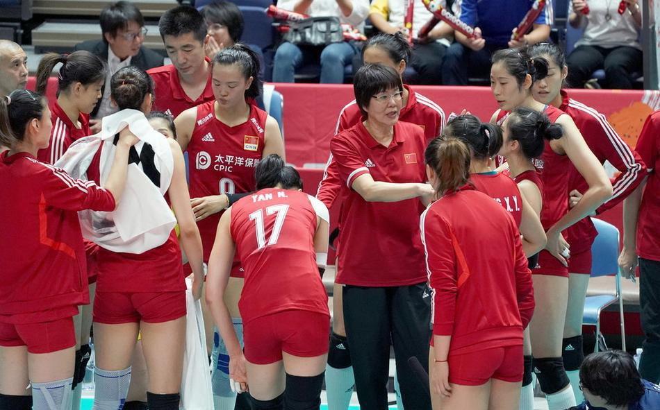 朱婷等6将到位,4人离队!郎平做减法,谁将无缘中国女排奥运名单