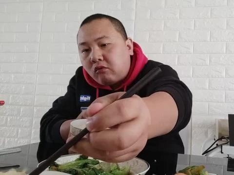 午饭品测生菜怎么炒好吃