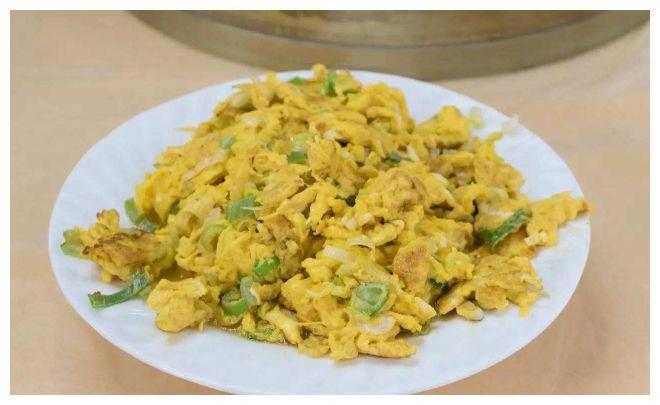 吃腻了肉也别只知道鸡蛋,这蛋比鸡蛋重4倍,越炒越香,适合孩子