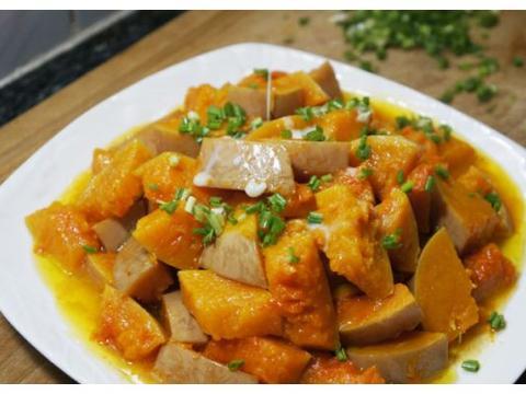 我家南瓜从不炖汤,一把香葱撒进锅,又软又香,比大鱼大肉美味