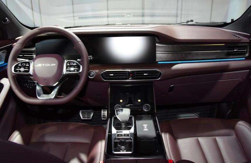 10多万区间最强SUV?新款捷途X90 PLUS配2.0T,碾压同排量大众