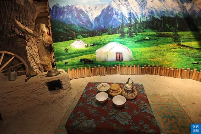 新疆的馕治百病,这里见识了馕的花式吃法,馕吃一个月不重样说法休闲区蓝鸢梦想 – Www.slyday.coM