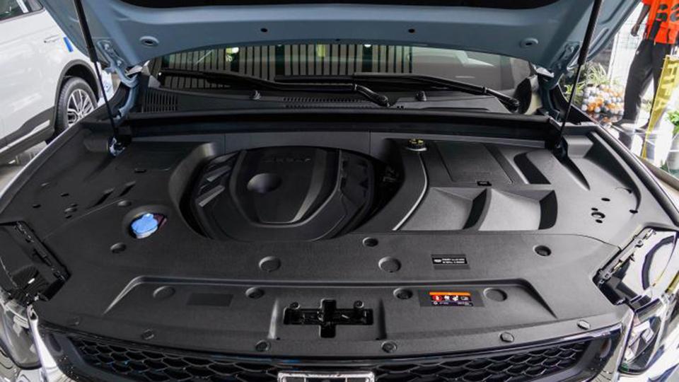 都是2.0T紧凑级SUV,星越S和CS75 PLUS谁更好?
