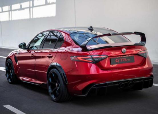 阿尔法·罗密欧Giulia GTA/GTAm即将国内首次亮相