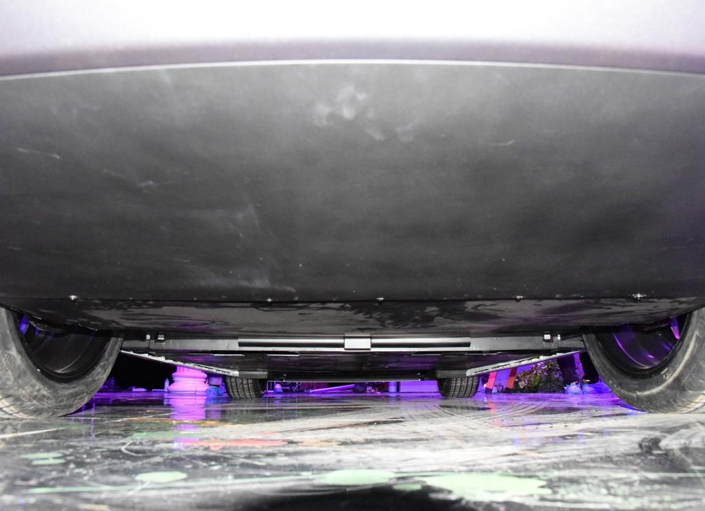 长城闪电猫即将上市,3.5秒破百,配无框车门,颜值媲美保时捷911