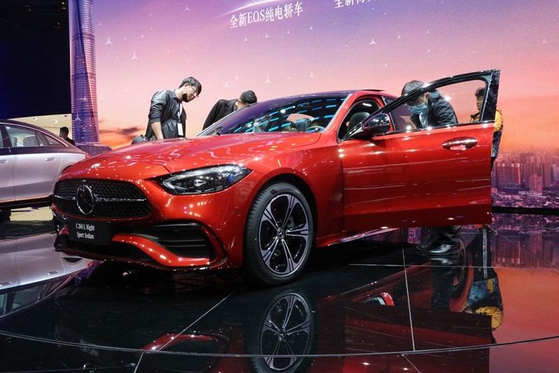 轴距加长 内饰升级 全新奔驰C级或将于成都车展上市