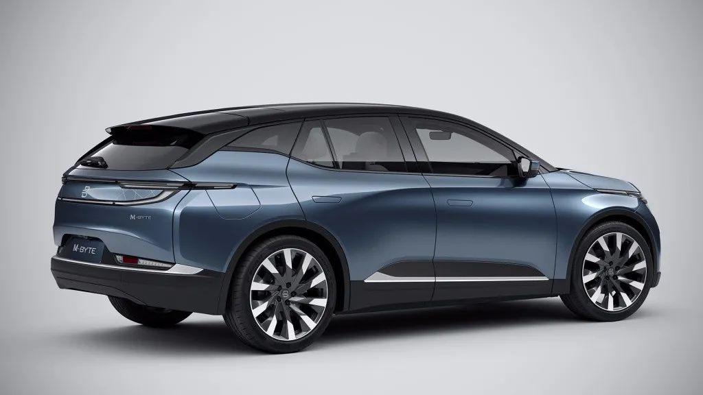 一汽丰田皇冠陆放开启预售、又有新势力品牌倒下了…丨今日车闻