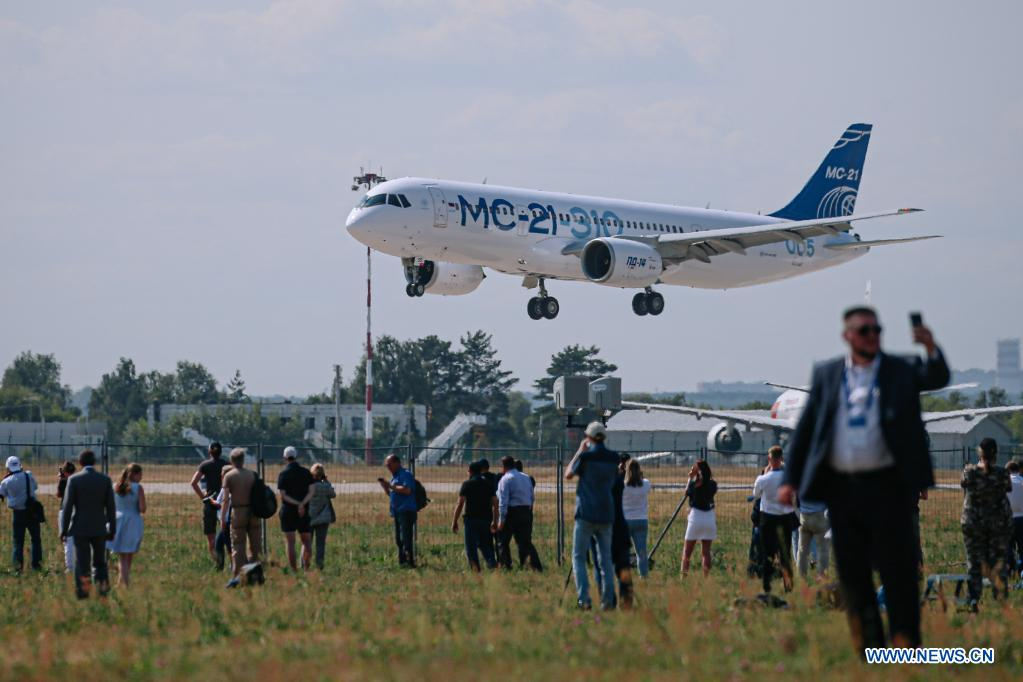 A MC-21 single-aisle airliner flies during the opening day of the International Aviation and Space Salon (MAKS)-2021 in a Moscow suburb, Russia, on July 20, 2021. MAKS-2021 kicked off in a Moscow suburb on Tuesday. (Xinhua/Evgeny Sinitsyn)