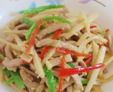 大暑时节孩子食欲不振吃得少没多吃开胃菜,清新