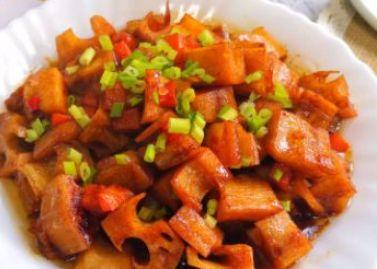 高温天气孩子吃饭少胃口差,多吃酸爽菜,健胃消食