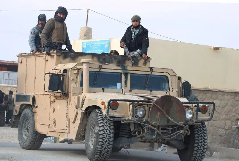"""40余名阿富汗军警被巴基斯坦""""收容"""""""