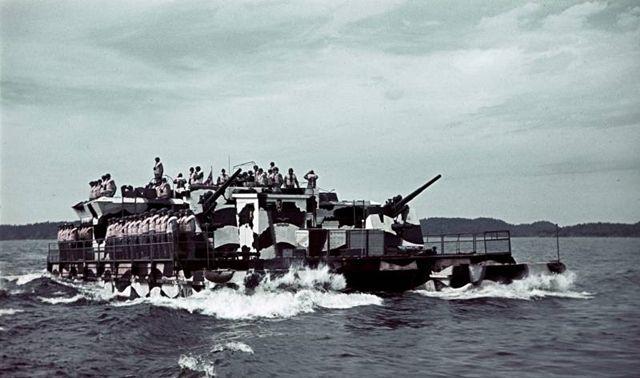 它是运输船、防空炮台、火力支援舰,二战<a href=