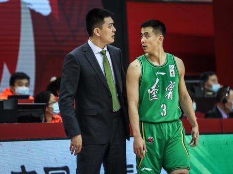 总冠军我们来了,这次全华班就是最好的机会,杨鸣没有理由放弃!