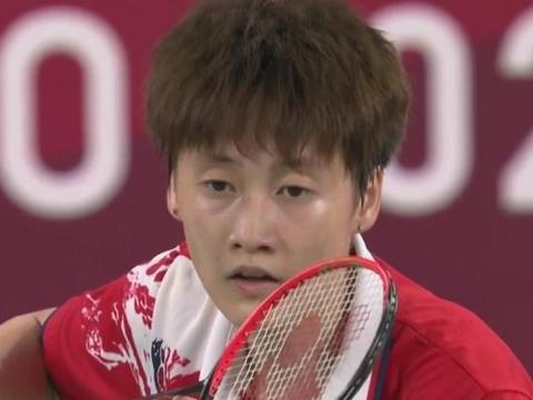 2:1!中国羽毛球四进决赛,中国一姐期待世界第一,重铸梦之队