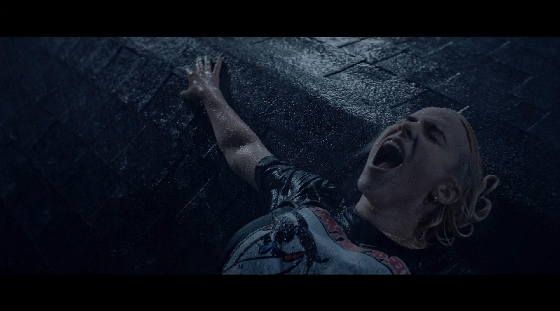 碧梨Billie Eilish新专辑《Happier Than Ever》同名曲MV首播!