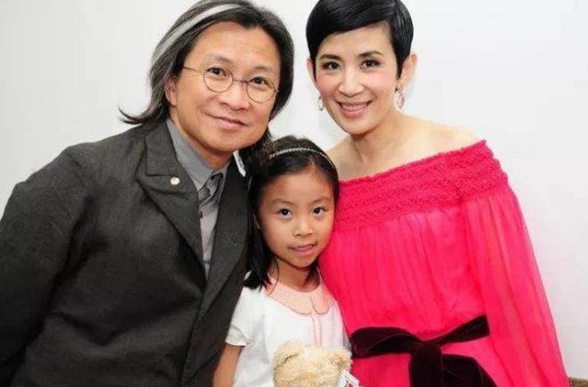 爸爸是导演,妈妈是演员,吴君如女儿客串电影却不准备入行