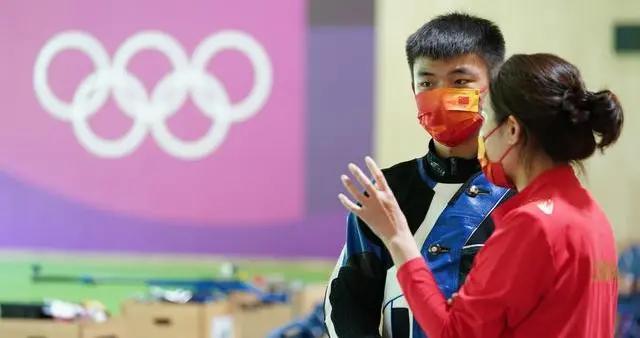 奥运会射击收官!中国队连夺3金1银,00后小将张常鸿打破世界纪录