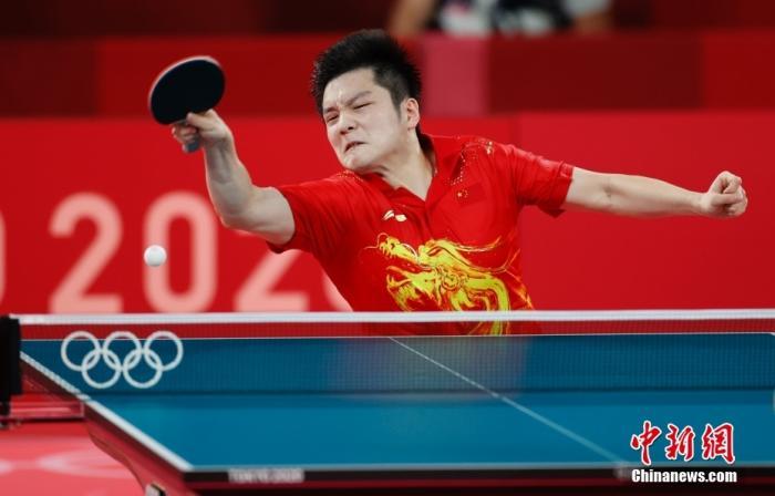 中国队横扫韩国队 挺进乒乓球男团决赛