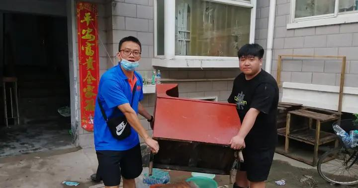 河南安阳:大学生陈浩宇 让青春绽放光彩