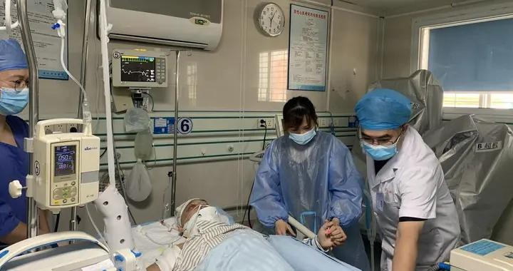 奇迹!吴川小伙因车祸致脑颅受重创,湛江西南医院多科联手救回一命