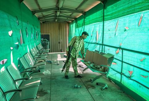 美媒:美拟关闭驻阿富汗大使馆 员工最快本月底撤离