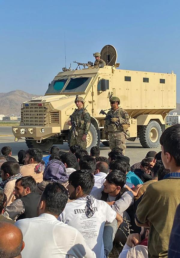 困在喀布尔的那些阿富汗人