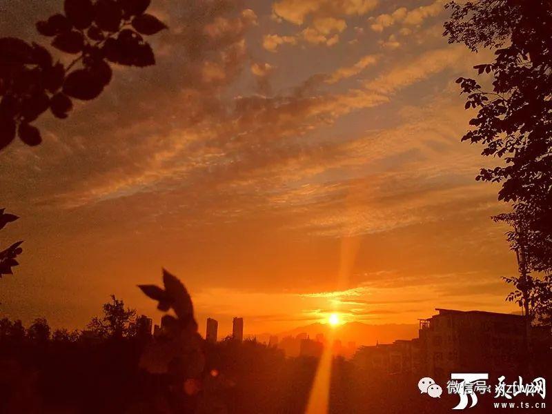 8月20日出伏 新疆大部分地区天气晴好气温适宜