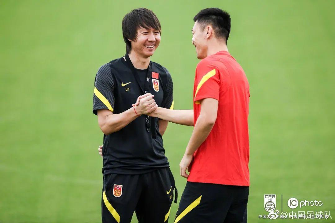 """""""中国足球就像你的儿子,不能考不好就不要了"""""""