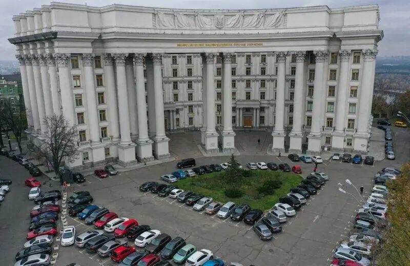 俄罗斯公布最新制裁名单,硬!
