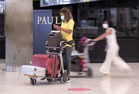 美国疫情持续恶化 欧盟拟重新对美实施旅行限制