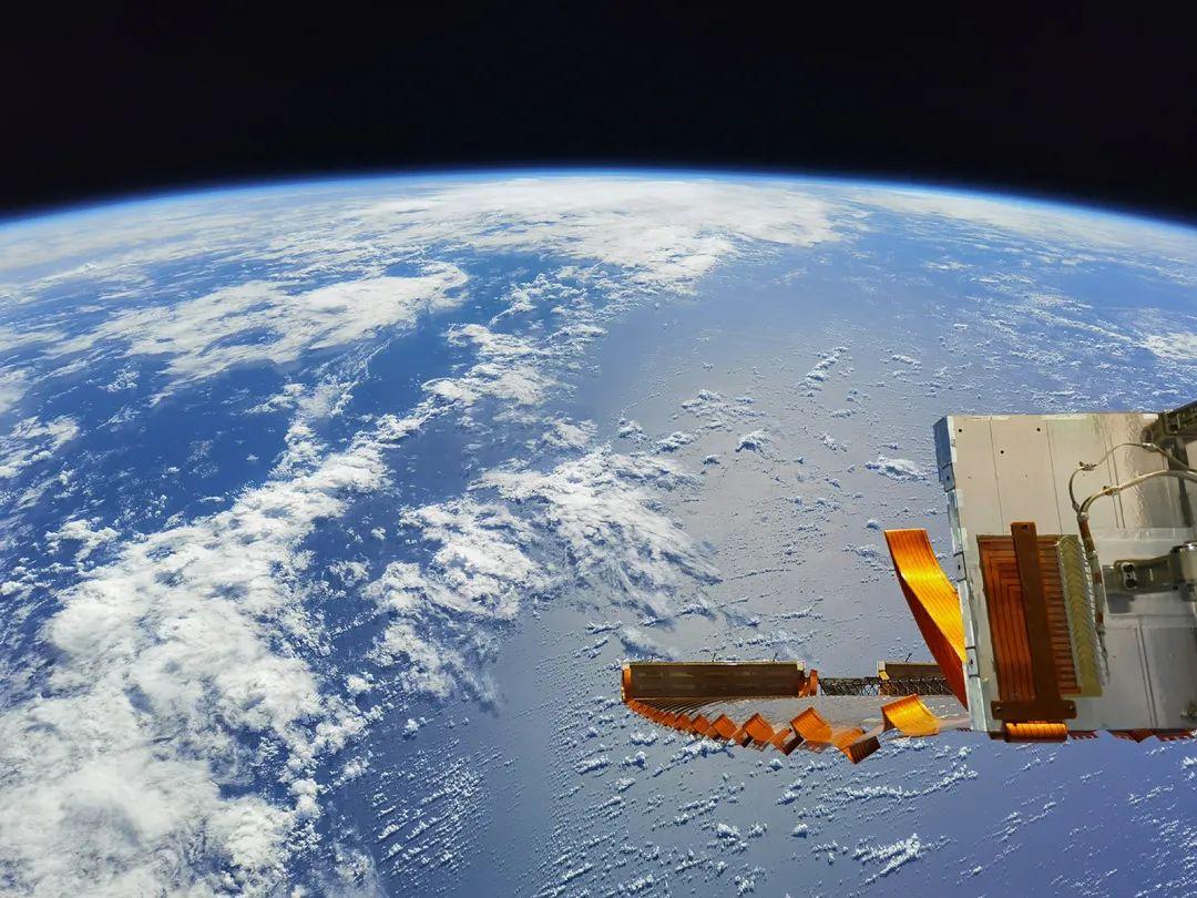 绝美太空大片!这是中国人专属的拍摄机位!