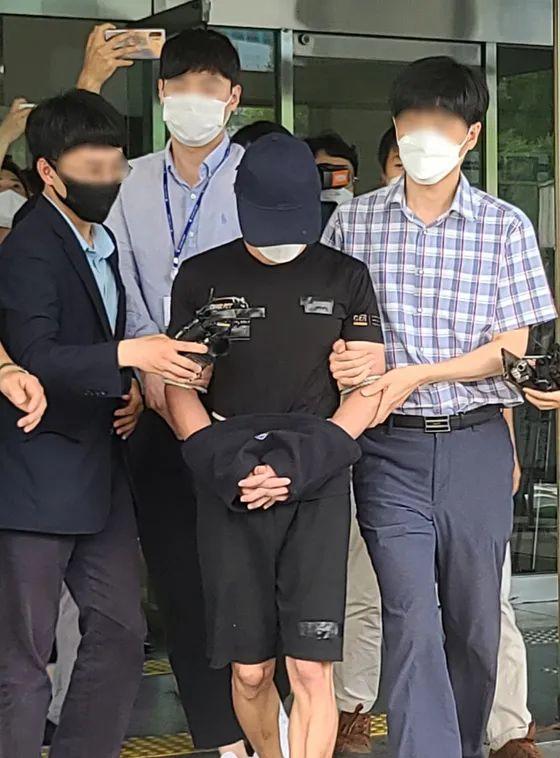 亲父性侵、虐杀20月大女婴,韩国震怒!
