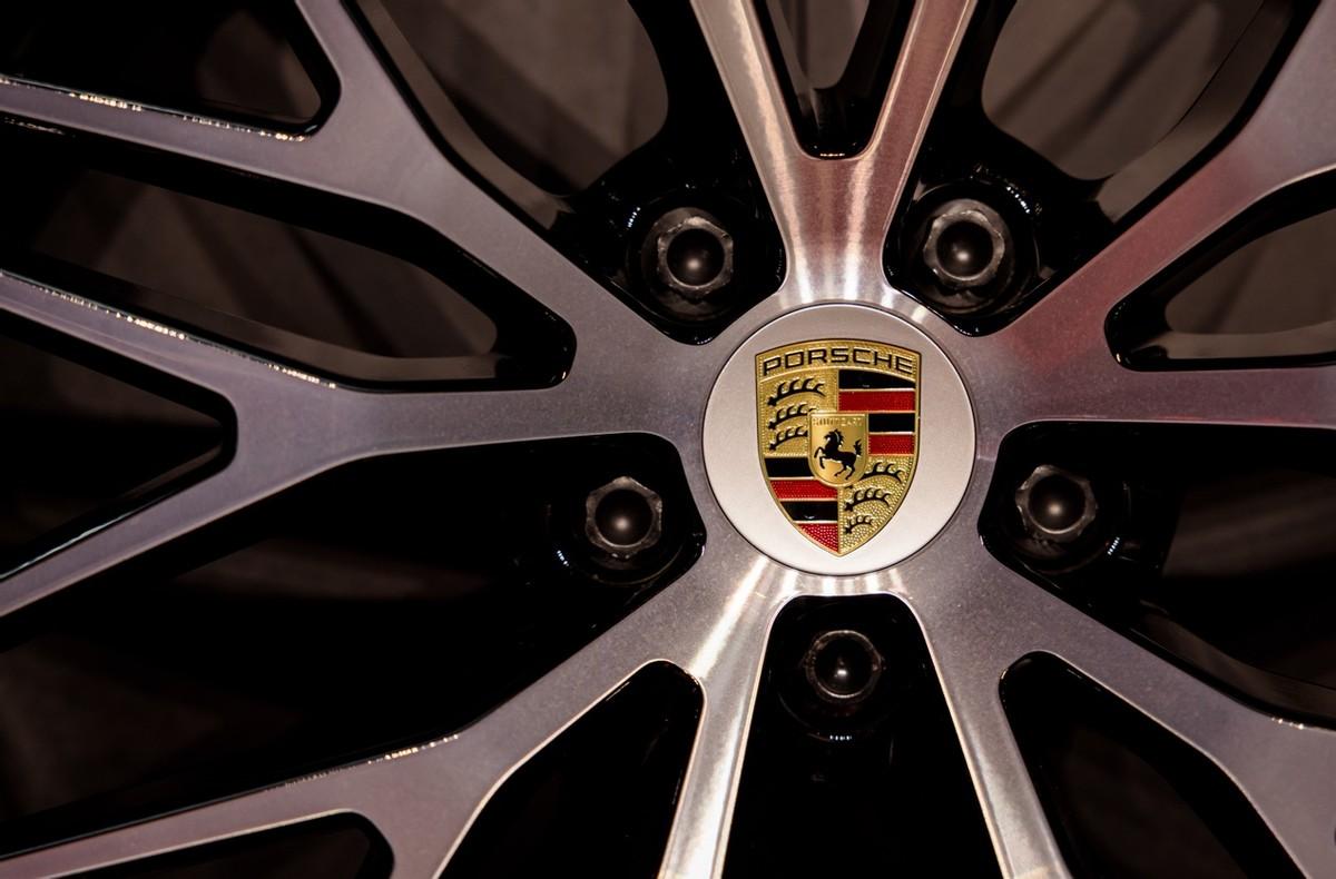车展笔记 | 豪华品牌顶流车型 除了颜值 技术加持更重要