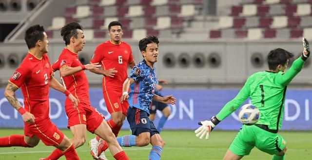还剩8场!国足还能晋级世界杯吗?需双杀越南阿曼