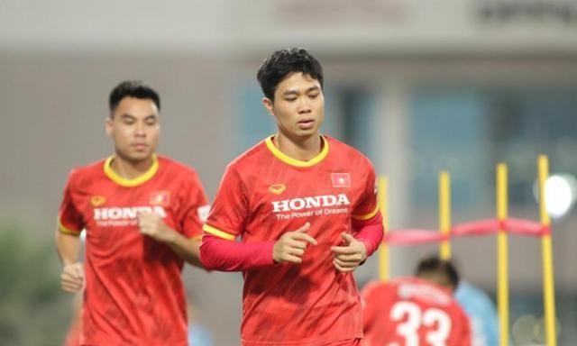 越南媒体嘲讽国足:他们踢得粗糙,犯规战术厉害,会武术的人太多