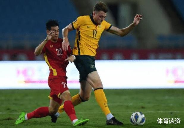 射正0-2!国足被越南比下去,球迷吐槽:接下来没人输了,脸呢?