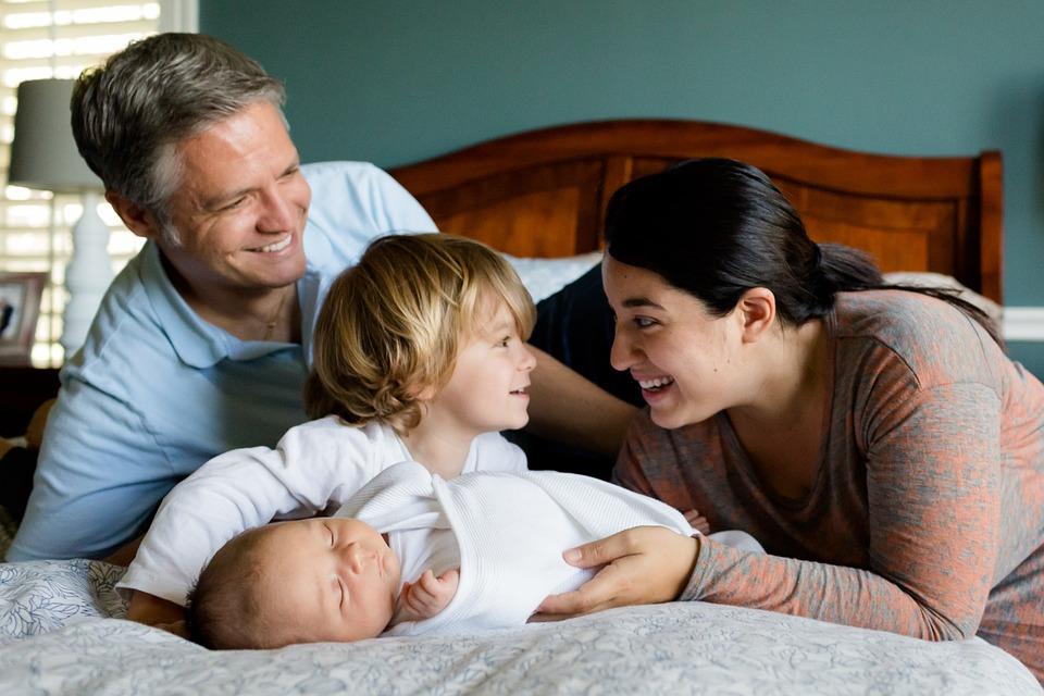 二手烟、电磁辐射,孕期准妈妈怎么做才能保护胎儿健康?