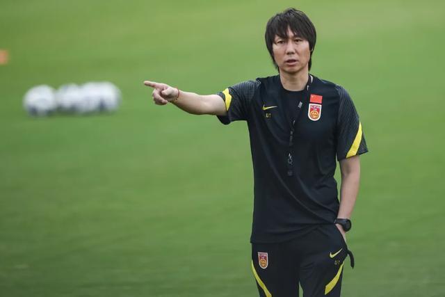 尴尬!国足与越南进世界杯概率均0.28%,越南网友:能赢中国就行