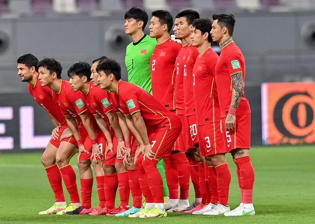 打澳大利亚国足0-3,越南0-1,你觉得中国队能战胜越南吗?