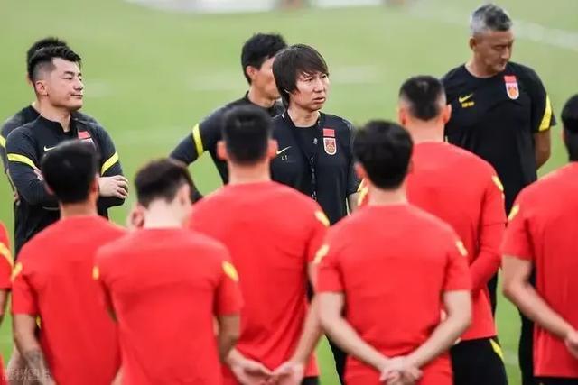 国足下一场能赢越南吗?