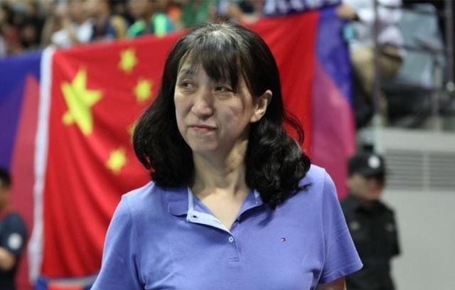 郎平好友迎51岁生日,辅佐中国女排发展20年,曾让丈夫苦等14年